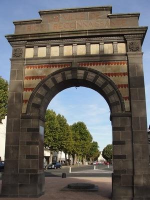 M morialgenweb diaporama des monuments for Piscine riom